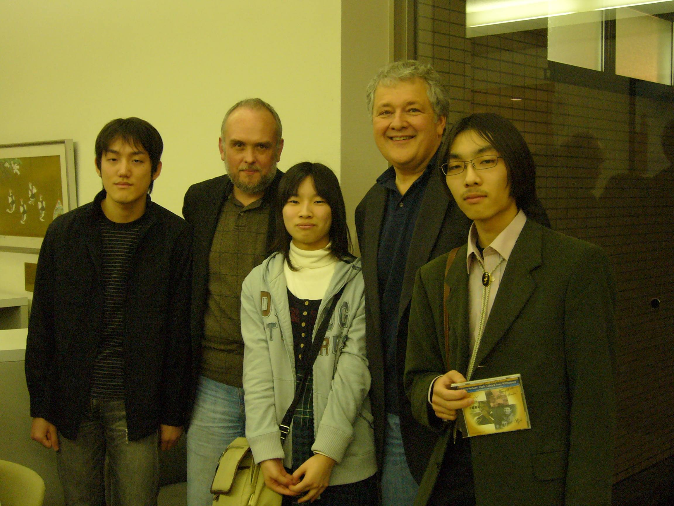 Tony, Larry Perkins and fans in Japan 2008