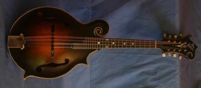 Lloyd Loar Mandolin 75696 front