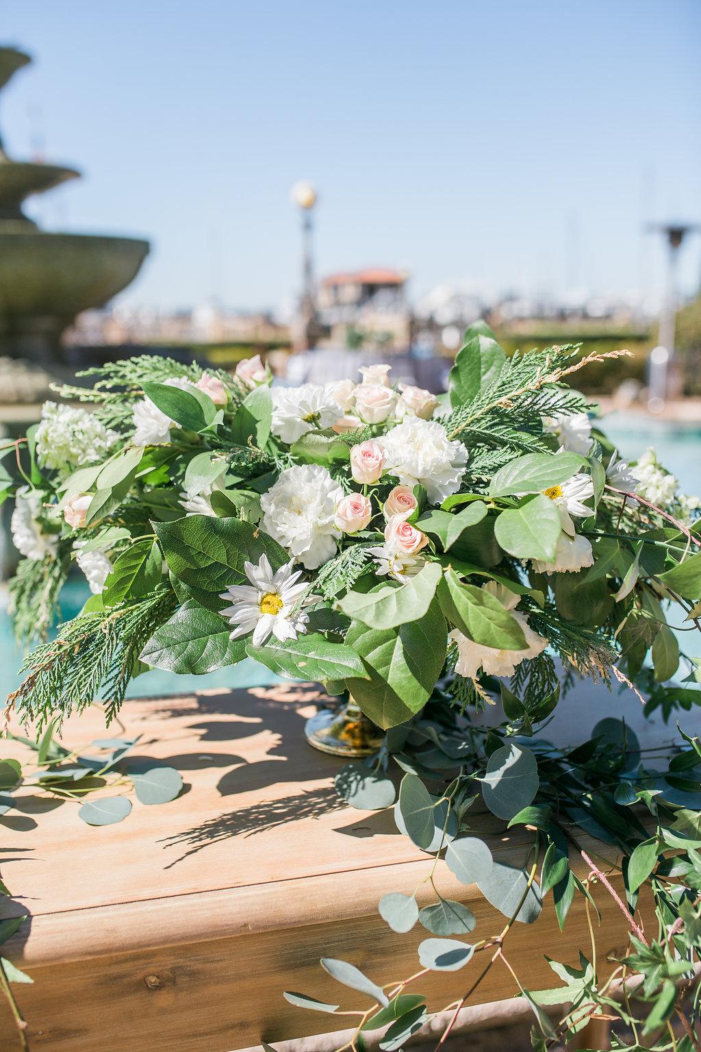 Jacksonville Wedding Florist | Epping Forest Yacht Club