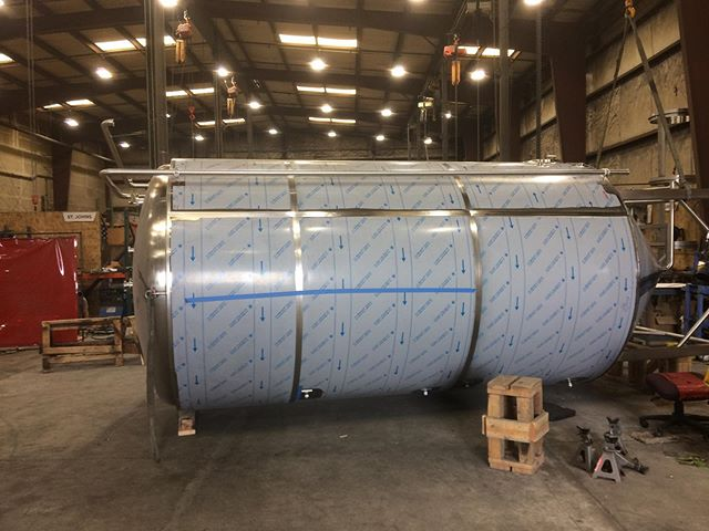 A 120 barrel fermentation vessel getting ready for shipment to our friends at @threecreeksbrewing #beer #craftbeer #brewery #stainlesssteel #welding #metalfab #americanmade #sisters #oregon