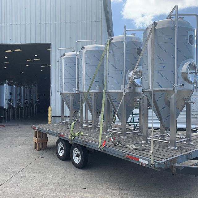 Getting ready to deliver a brew house and cellar tanks to our friends at N.W. Pioneer Brewing Company in Vancouver, Washington. #beer #craftbeer #brewery #stainlesssteel #welding #metalfab #americanmade #vancouver #washington