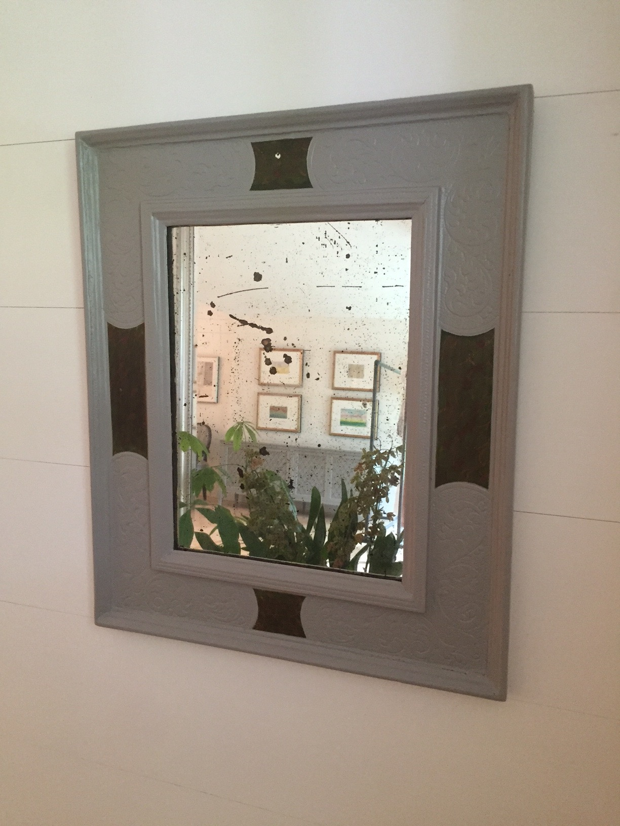 In the living room I also painted a small entry mirror  Worsted,  another beautiful grey in the rich, deep family of Farrow & Ball grey's. It has less a steely industrial quality and seems perfect to give a smaller piece weight.