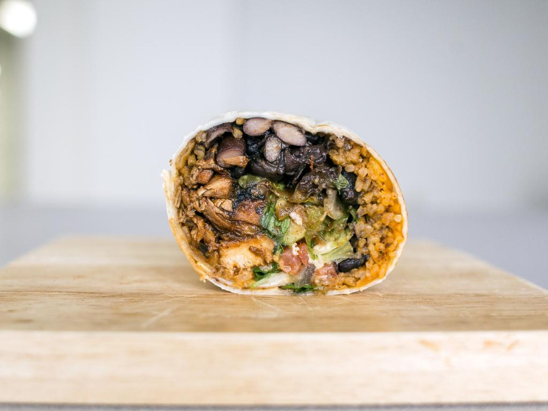 https://www.reddit.com/r/FoodPorn/comments/2sow62/cross_section_of_a_chicken_burrito_from_a_local/