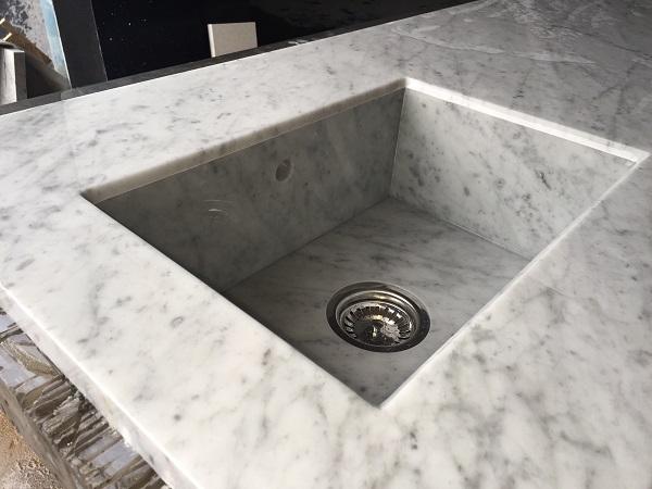 apron sink