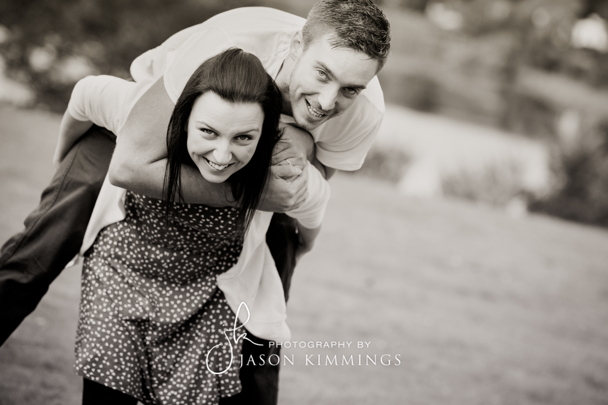 Engagement-shoot-Linlithgow-Palace-11.jpg