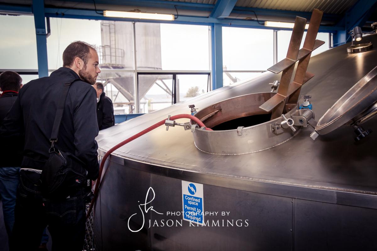Laphroaig-whisky-distillery-12.jpg