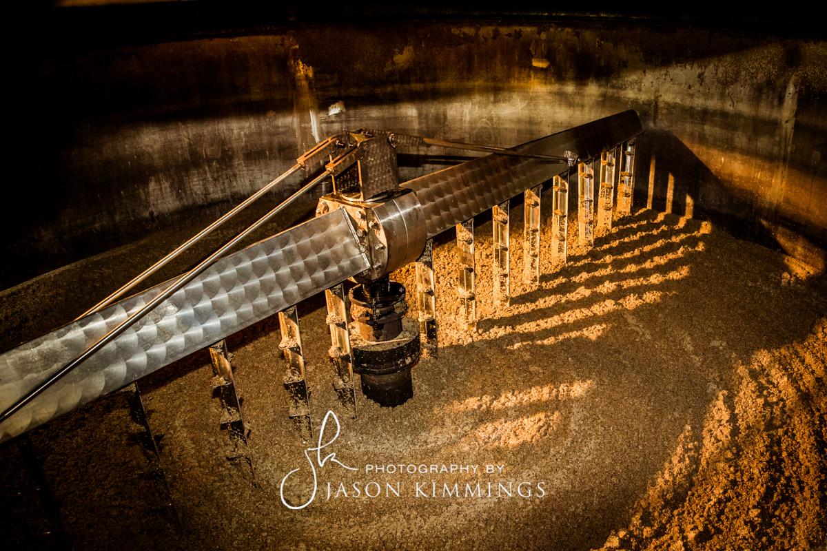 Bowmore-whisky-distillery-11.jpg