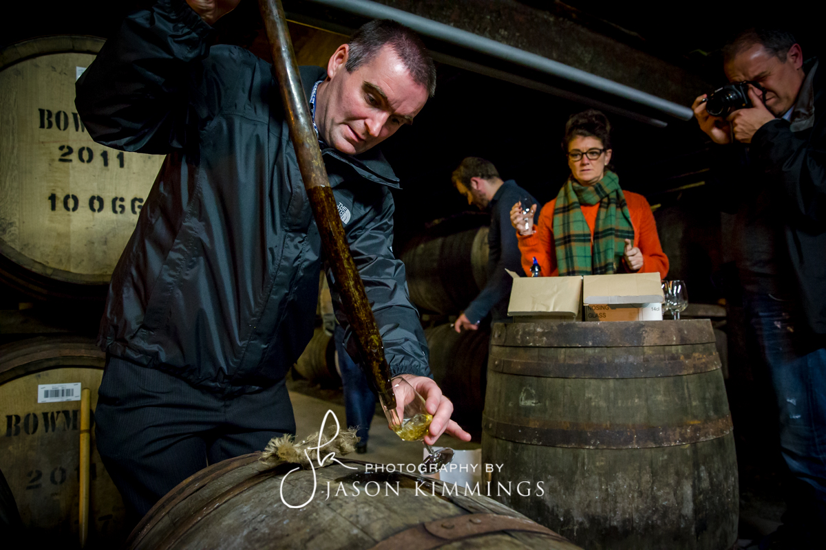 Bowmore-whisky-distillery-15.jpg