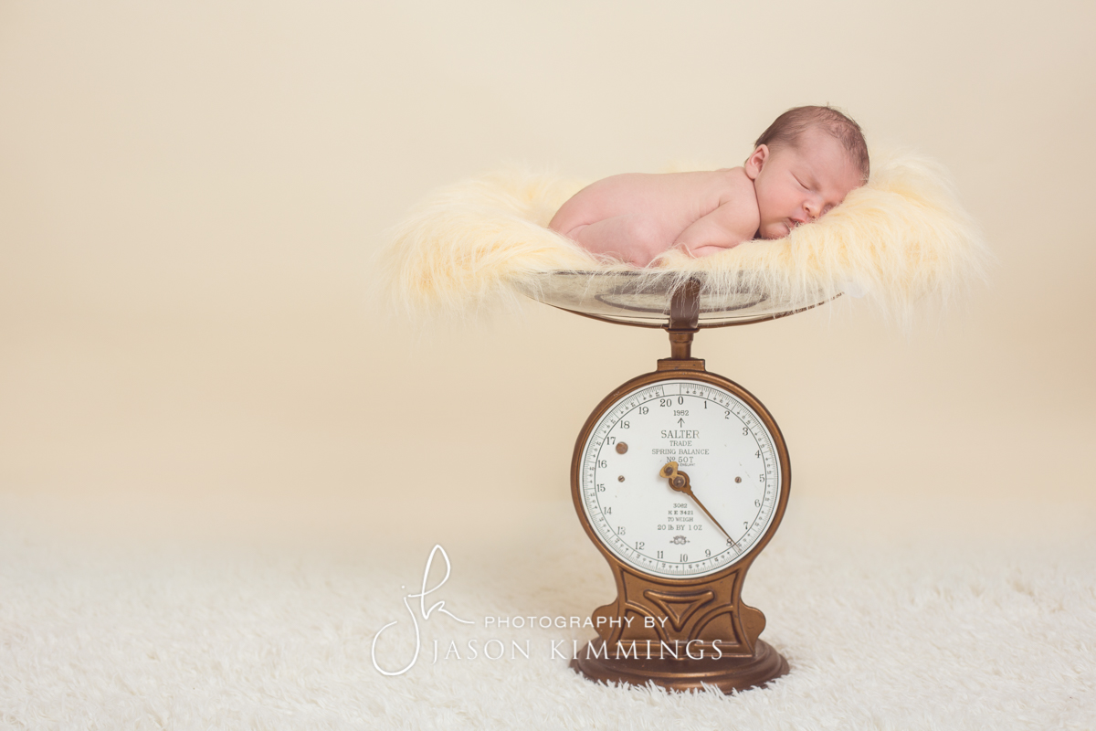 Baby-photography-Bathgate-West-Lothian-Izzie-1.jpg