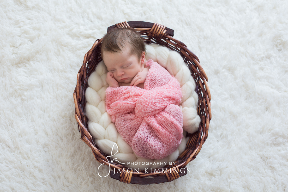 Newborn-baby-photography-bathgate-west-lothian-Cerys-3.jpg