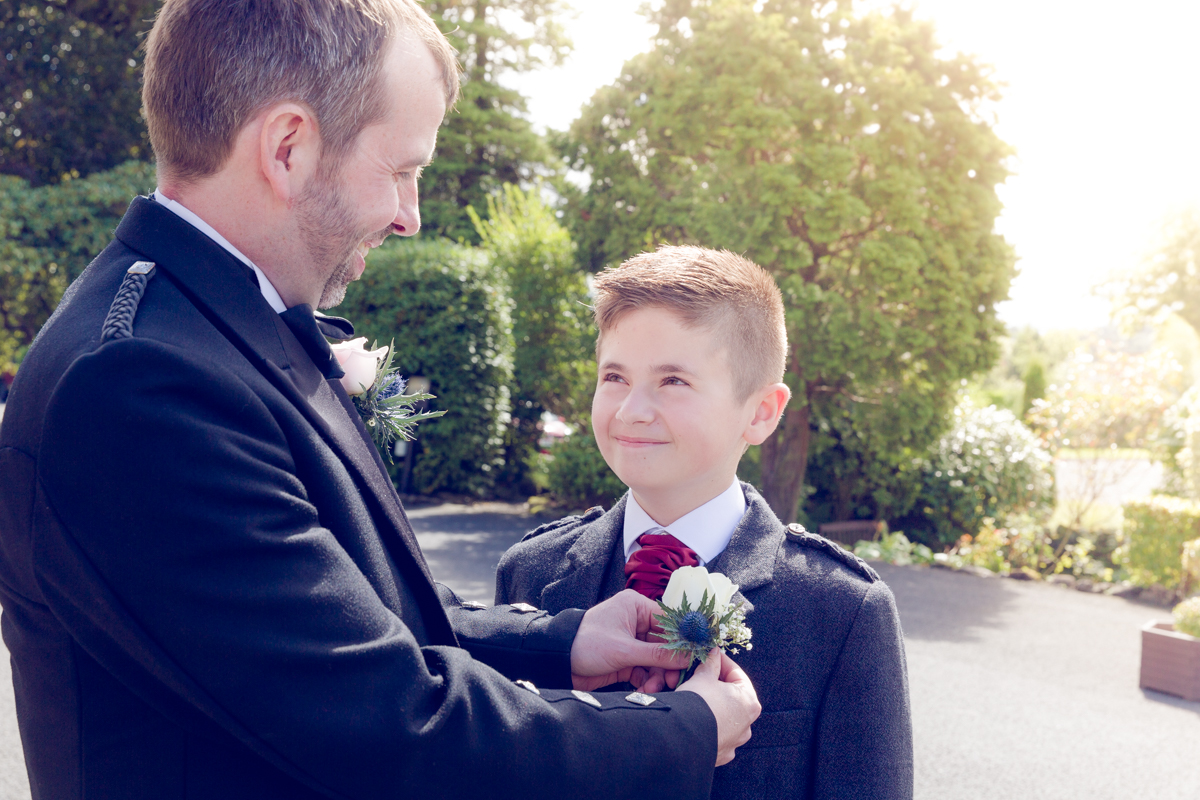 Dunfirmline-wedding-photos-Garvock-city-chambers-6.jpg