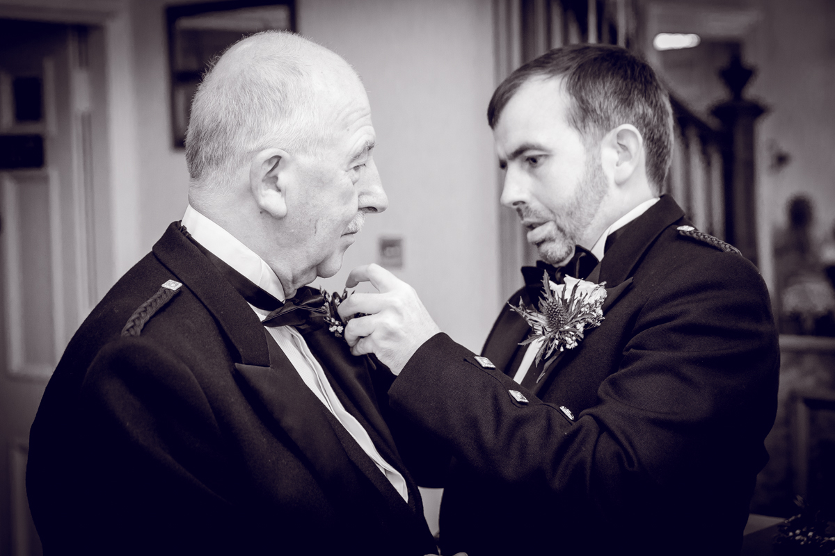 Dunfirmline-wedding-photos-Garvock-city-chambers-8.jpg