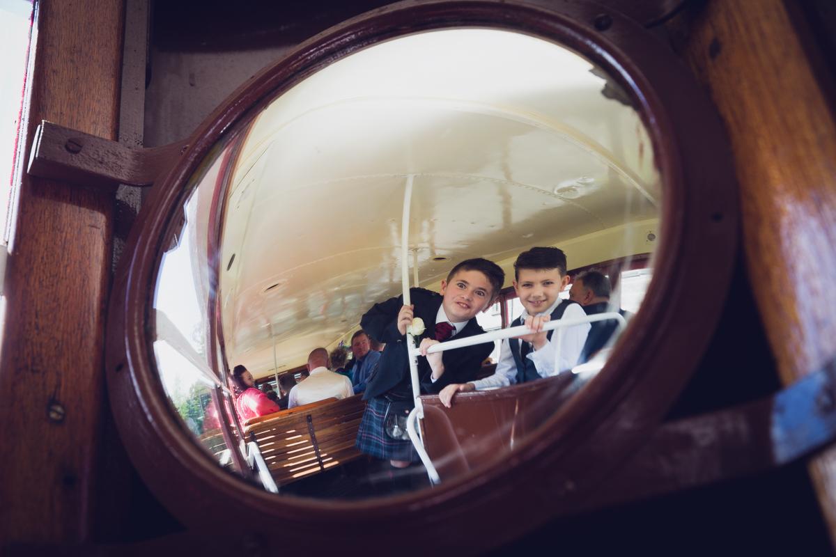 Dunfirmline-wedding-photos-Garvock-city-chambers-9.jpg
