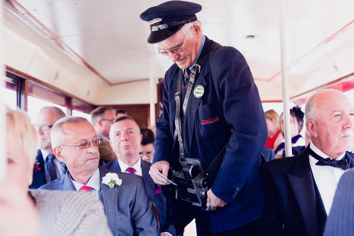 Dunfirmline-wedding-photos-Garvock-city-chambers-11.jpg