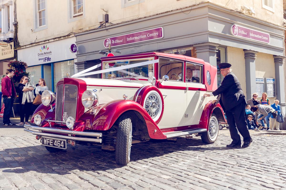 Dunfirmline-wedding-photos-Garvock-city-chambers-16.jpg