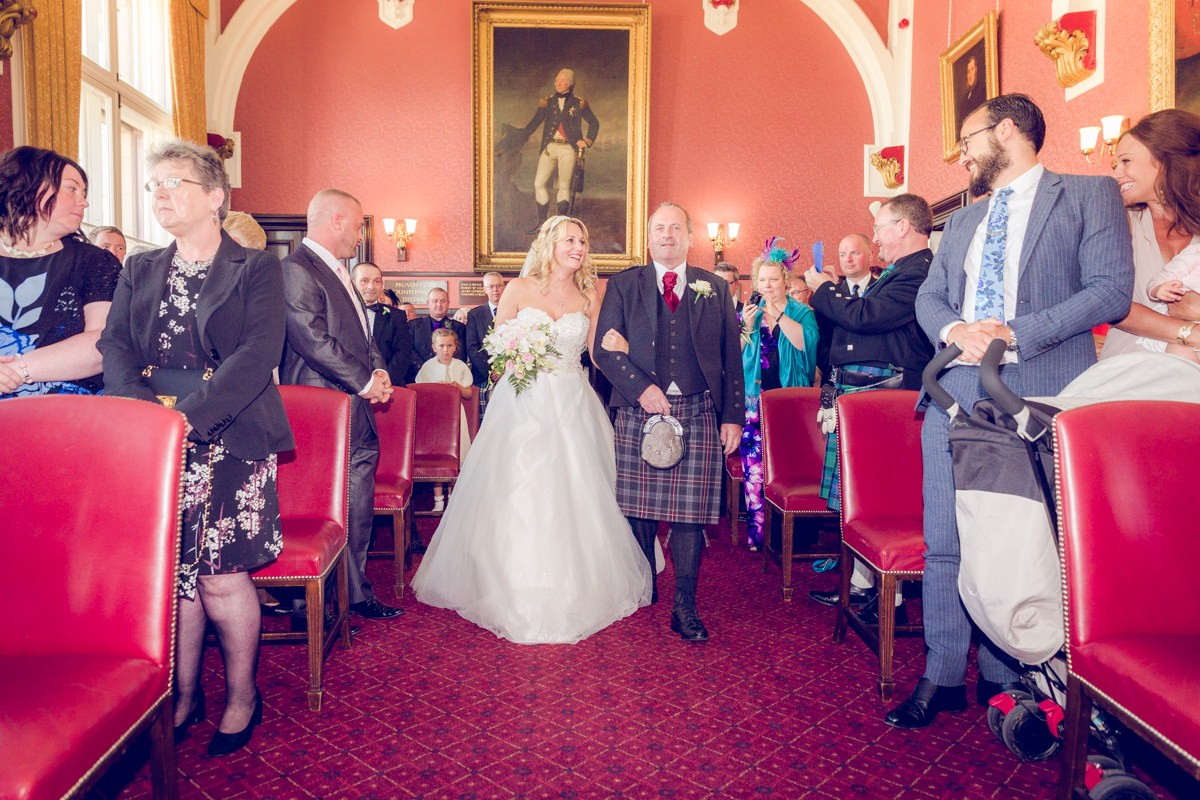 Dunfirmline-wedding-photos-Garvock-city-chambers-18.jpg