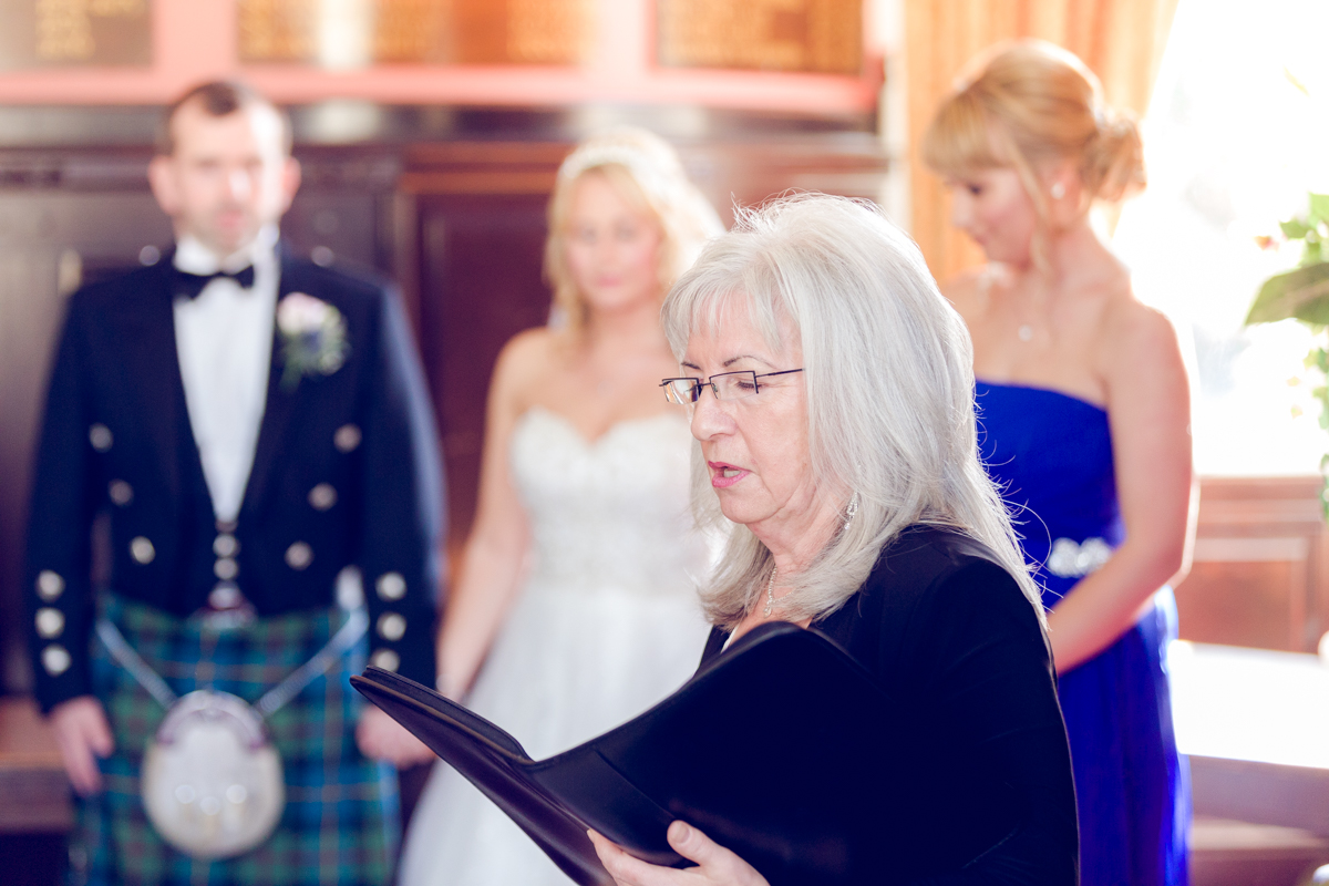 Dunfirmline-wedding-photos-Garvock-city-chambers-20.jpg