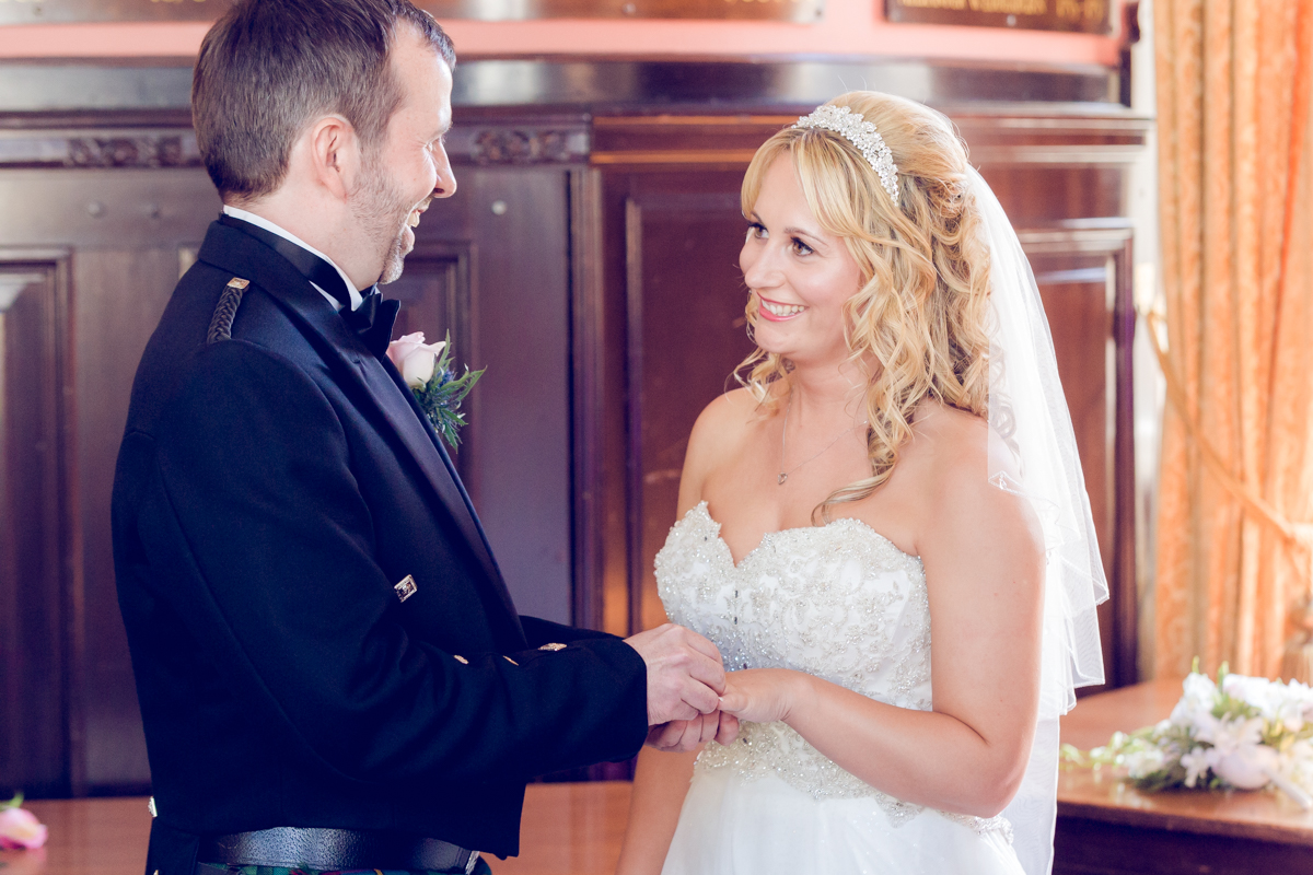 Dunfirmline-wedding-photos-Garvock-city-chambers-22.jpg
