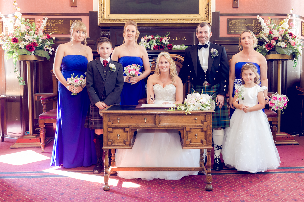 Dunfirmline-wedding-photos-Garvock-city-chambers-24.jpg