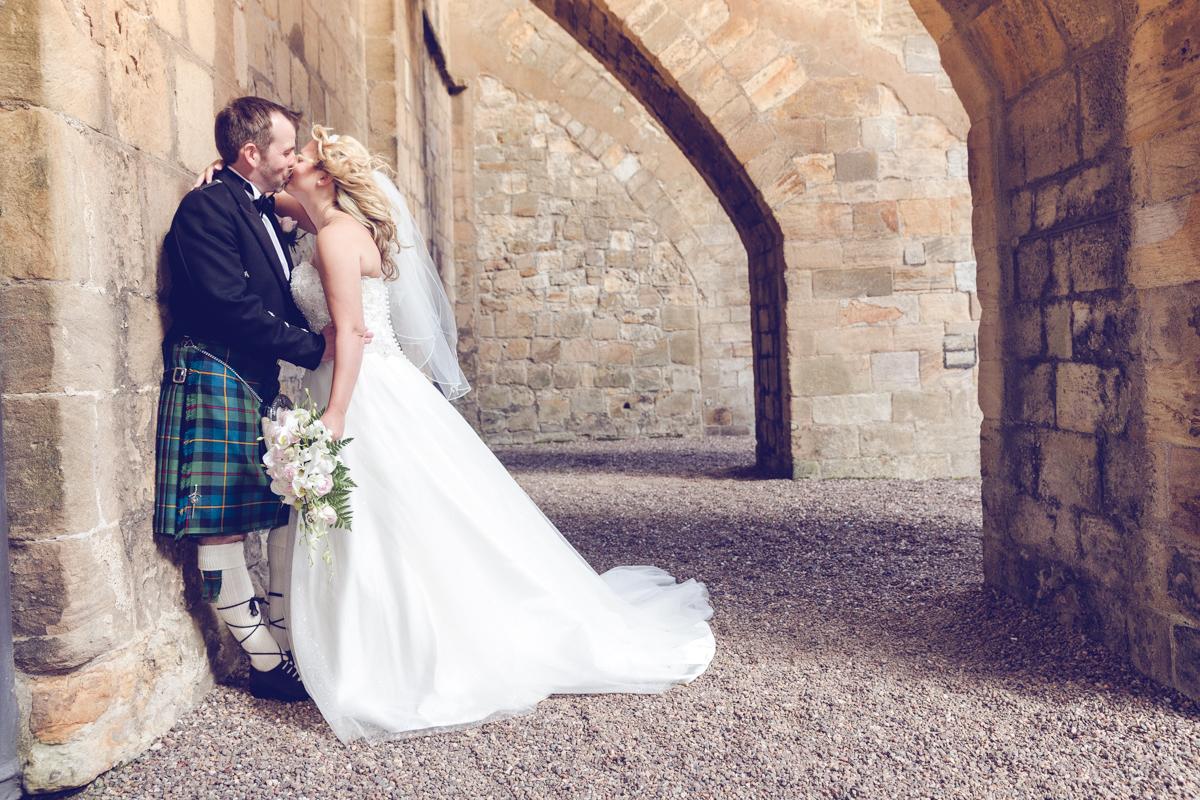 Dunfirmline-wedding-photos-Garvock-city-chambers-27.jpg