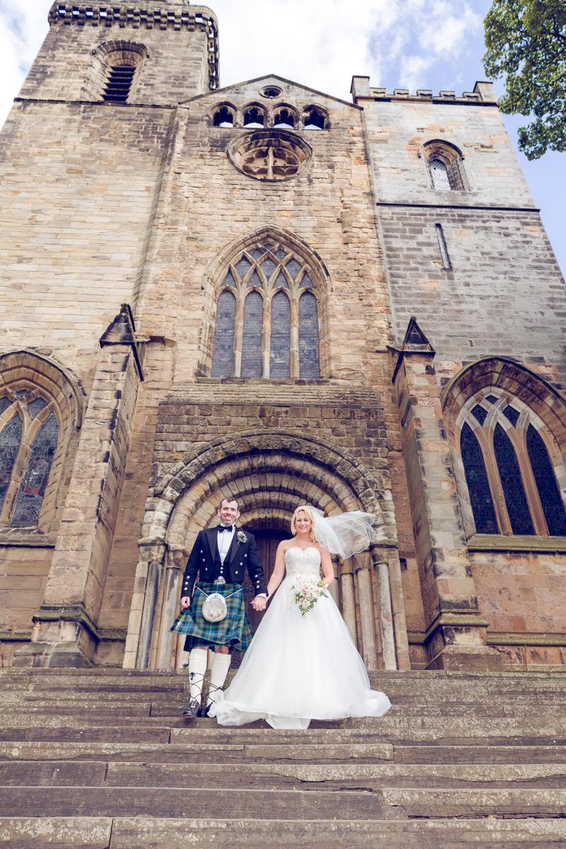 Dunfirmline-wedding-photos-Garvock-city-chambers-30.jpg