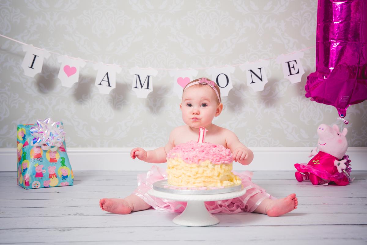 Cake-smash-photography-bathgate-west-lothian-5.jpg