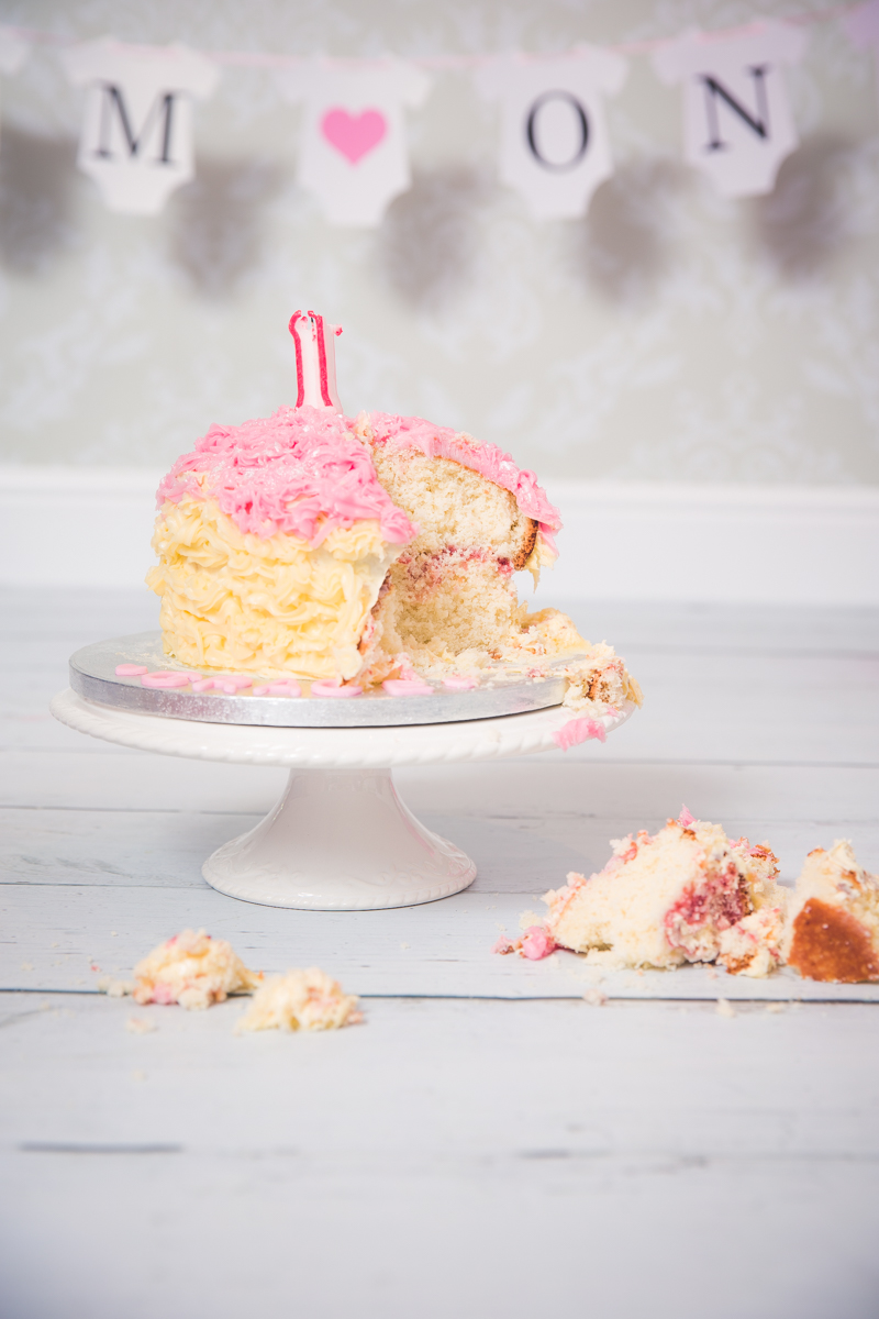 Cake-smash-photography-bathgate-west-lothian-7.jpg