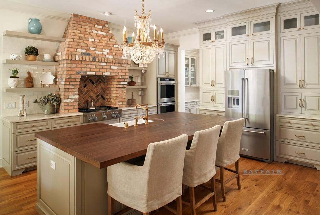 4614 Longfellow-Kitchen 1.jpg