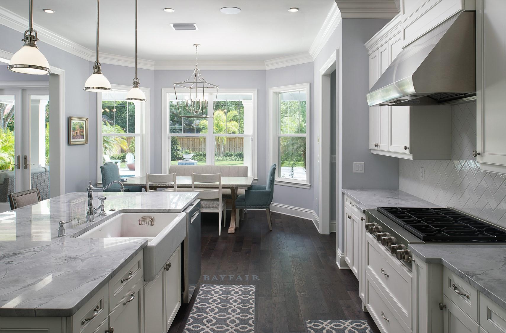 2806 W Terrace Kitchen HOUZZ.jpg