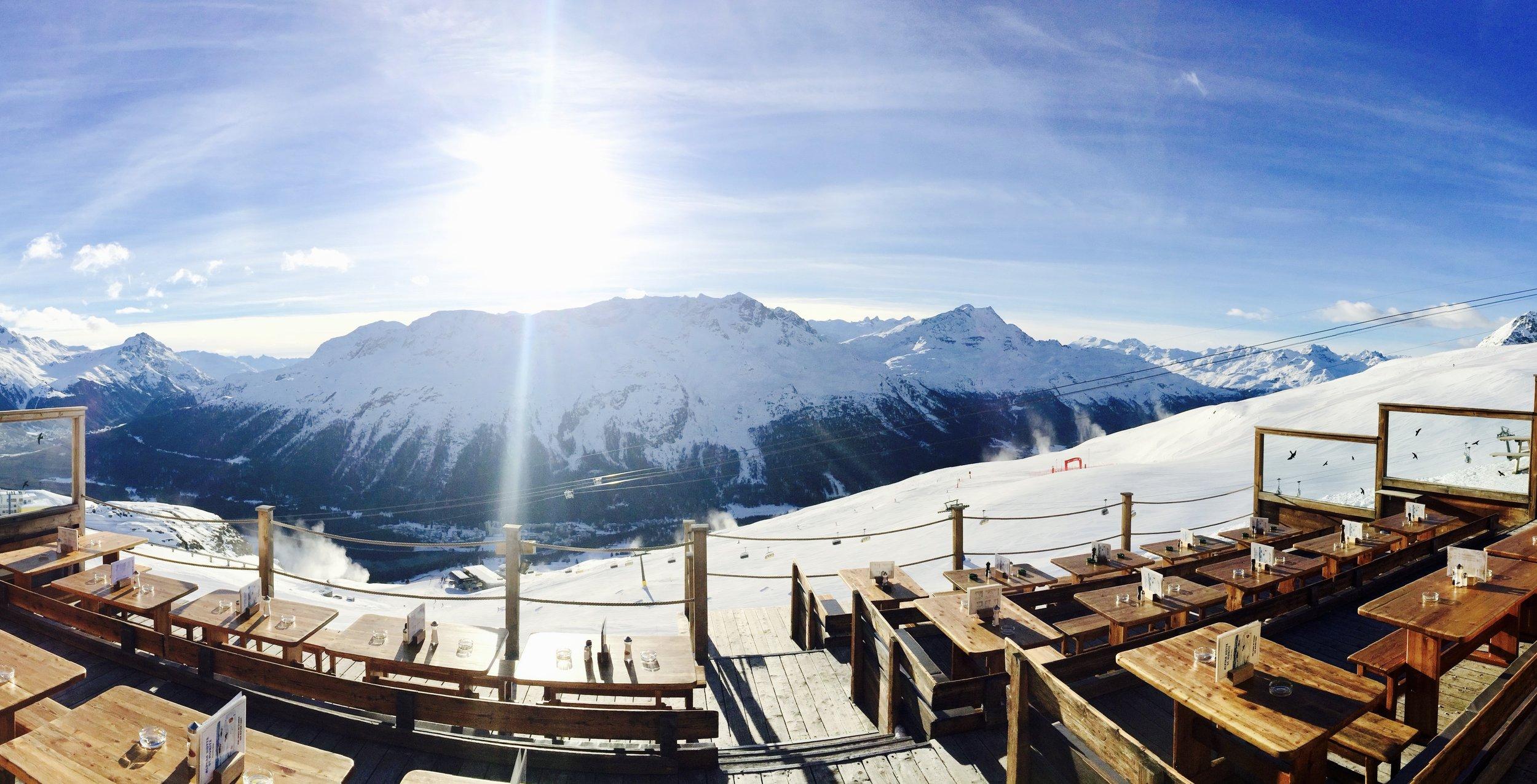 Alpina Hütte - Sonnenterrasse