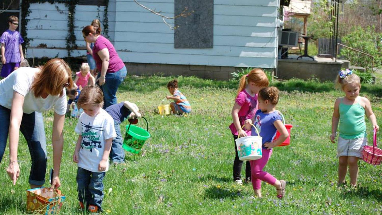 Easter Egg Hunt - Apr 2014