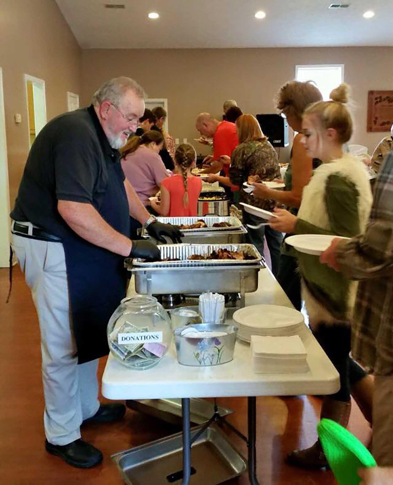 Helping Hands Ministry Fundraiser - Oct 2016