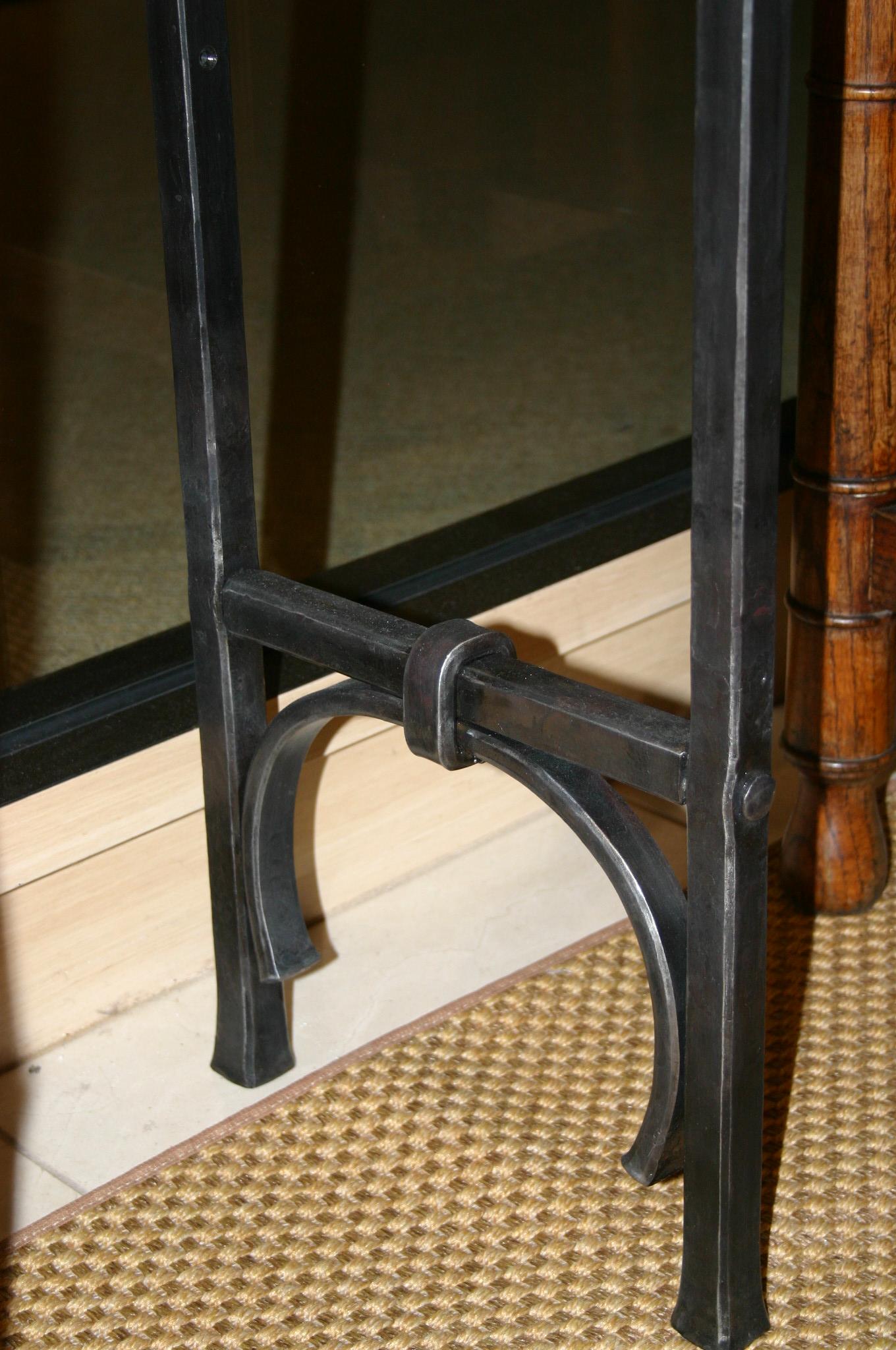 bar leg detail.JPG