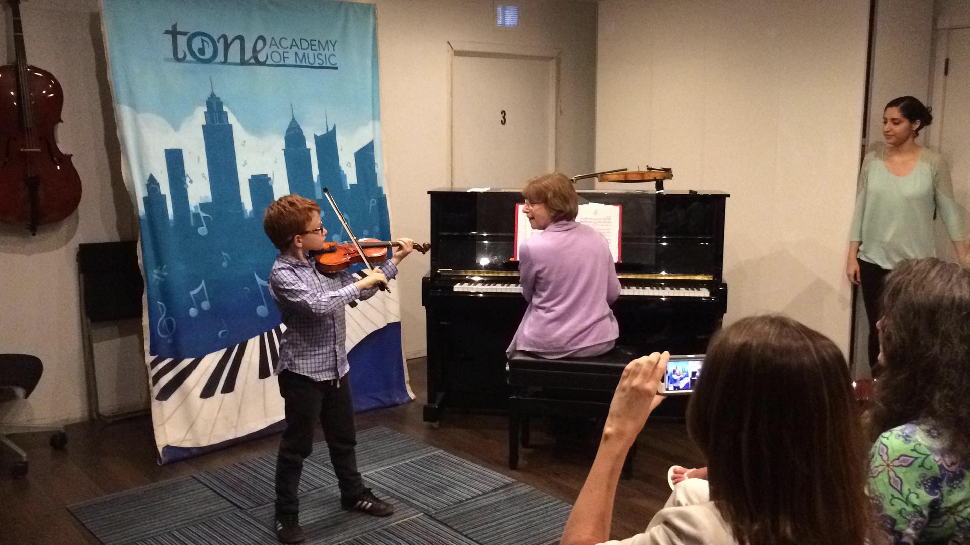 tone-academy-of-music-nyc-suzuki-violin-1.JPG