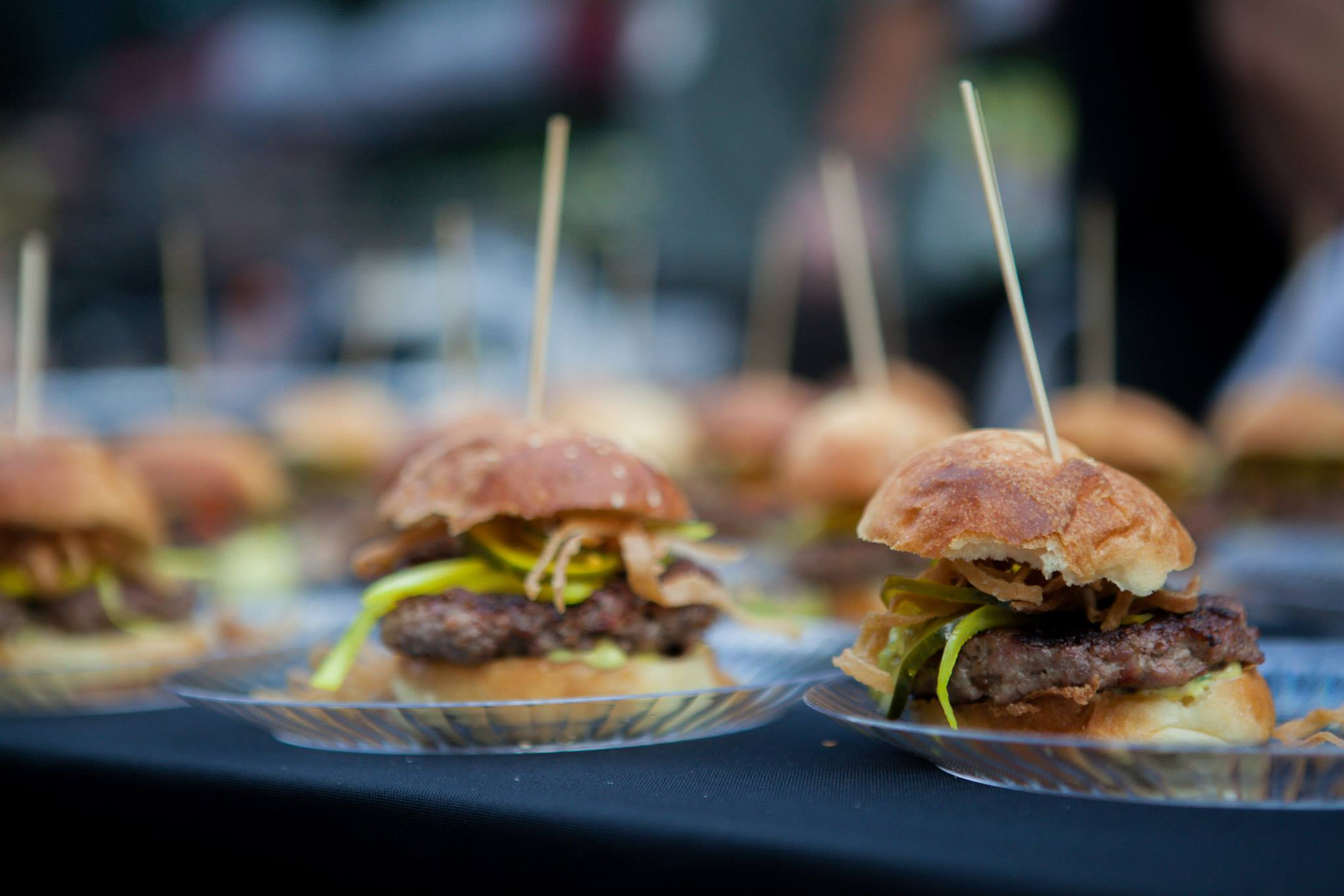 Battle of the Burger 2014, photo by Nettie Wasowski