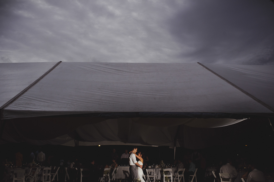 First Dance at the Plantation at Crystal River | Dramatic Lighting