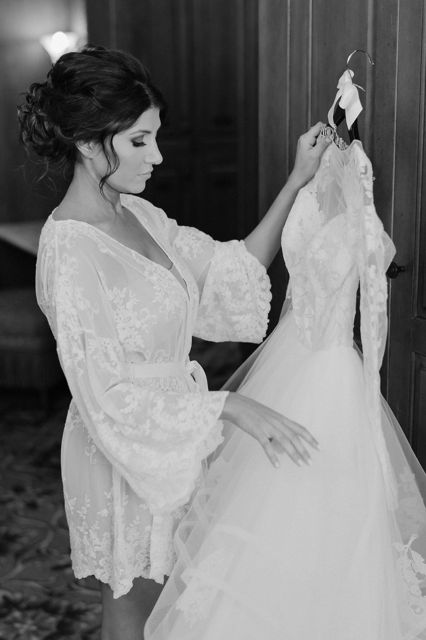 Fine Art Film Wedding Photographer Bella Collina_090.jpg