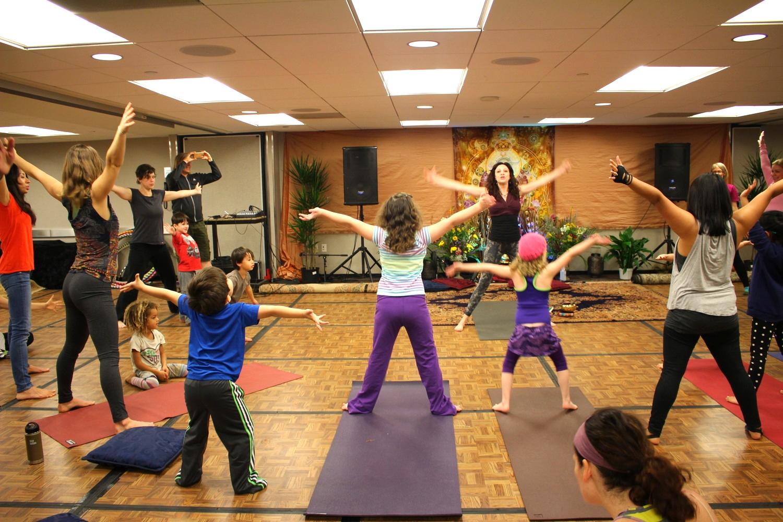 Mark Jacinto doing yoga<3