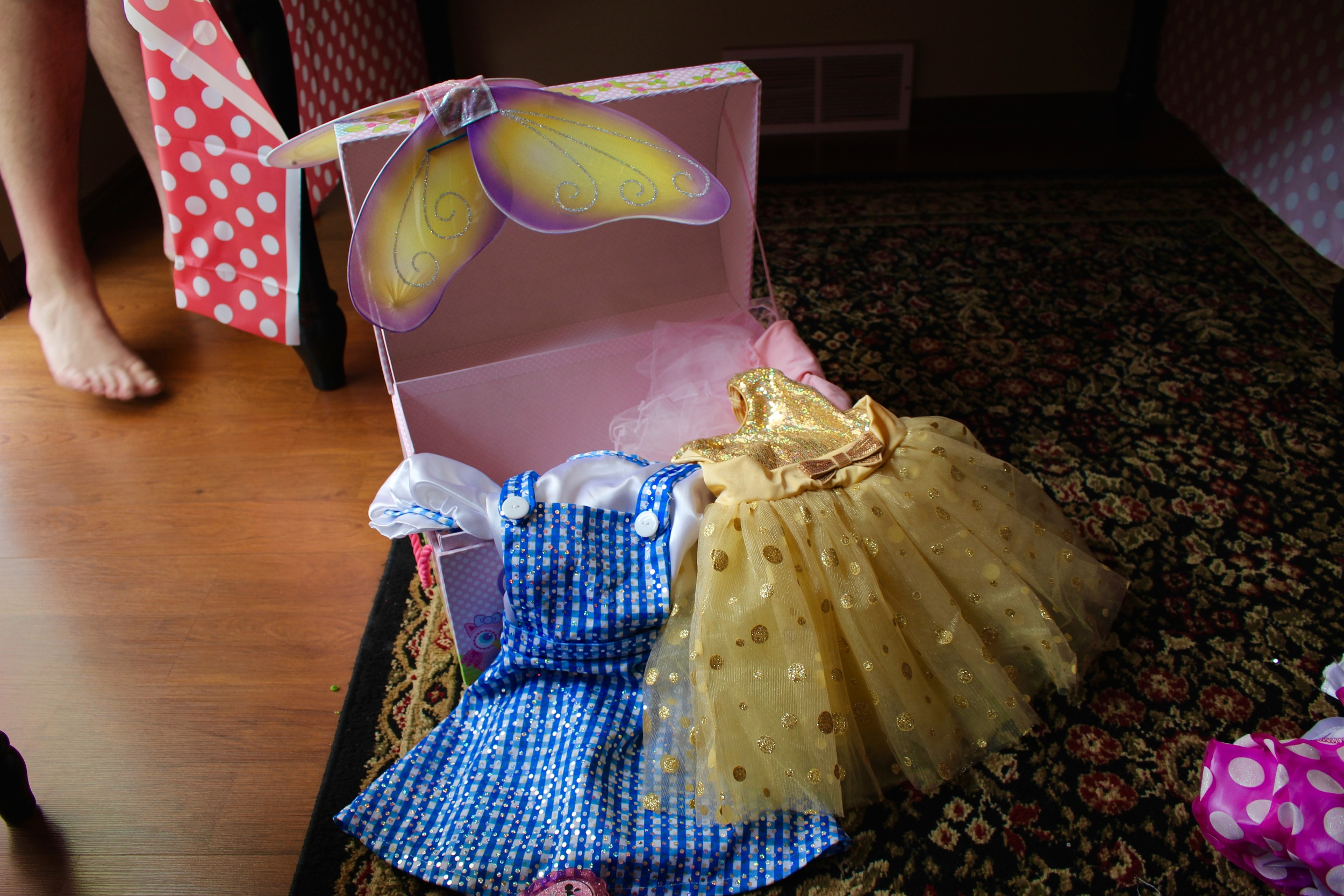 Ta da! amazing dresses=)