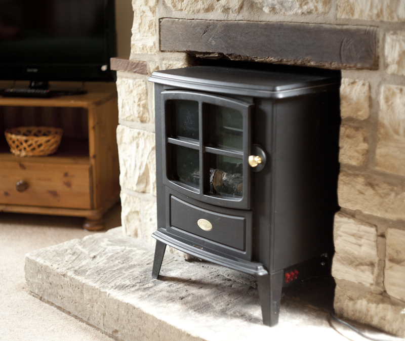 Bibury Holiday Cottages Self Catering Gloucestershire 2 Bedroom wood burning stove