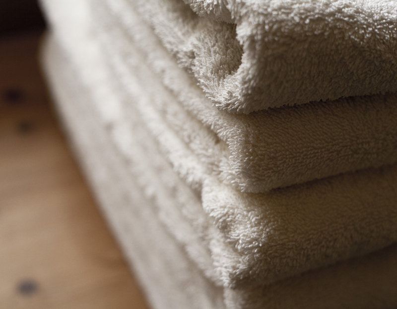 Bibury Holiday Cottages Self Catering Gloucestershire 2 Bed Room Towels