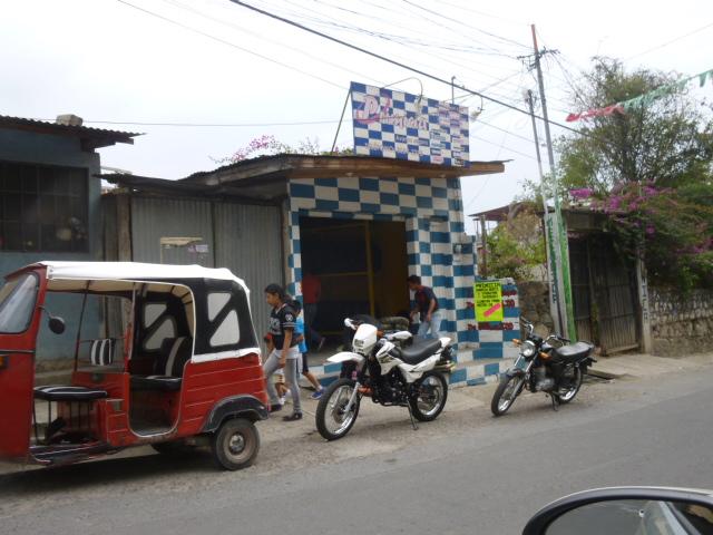 tire_store.jpg