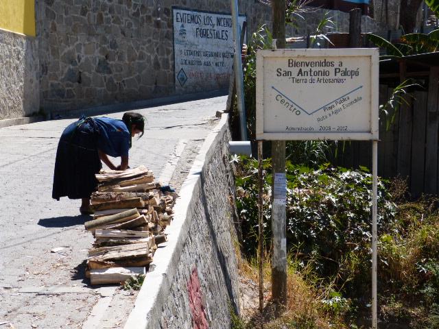 """Welcome to San Antonio de Palopó, Land of Artisans"""