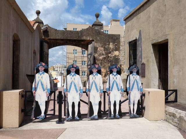 Spanish soldier cut-out figures, showing period uniforms.