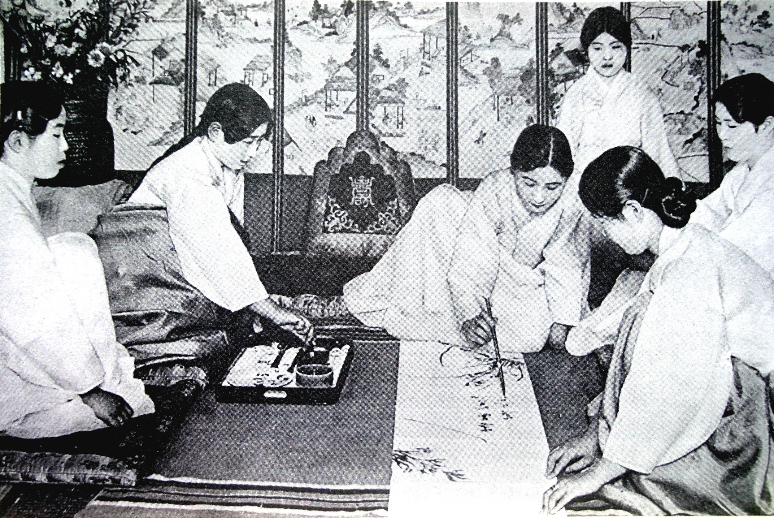 Gisaeng girls painting orchids and writing poetries.