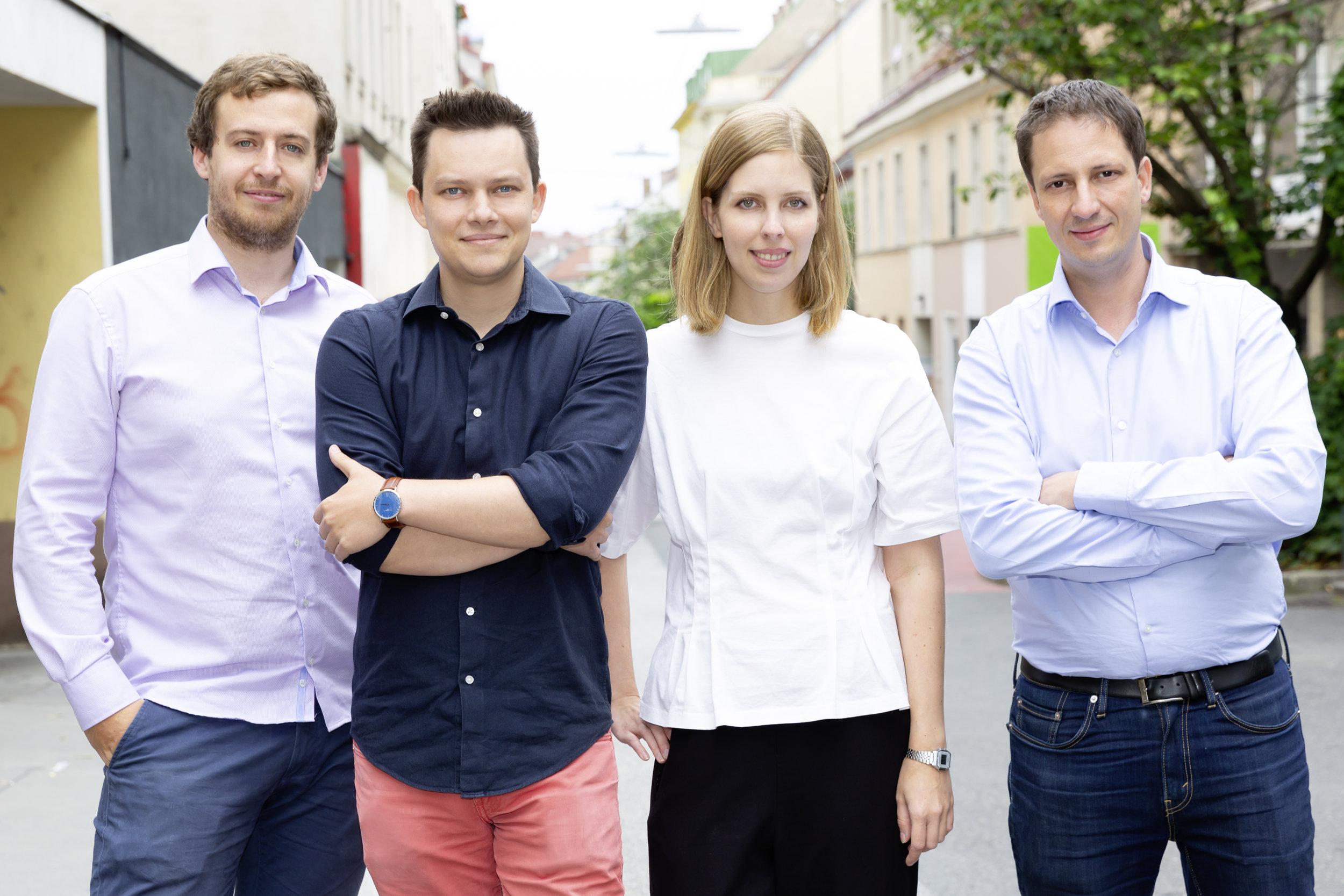Joachim Ringsmuth/Sergiu Ardelean/Carina Doppler/Codin Popescu/ (from left to right) - Team Artivive © Artivive