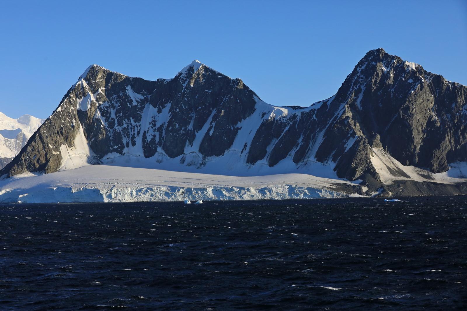 1702_Antarctique_01388_c_sm.jpg