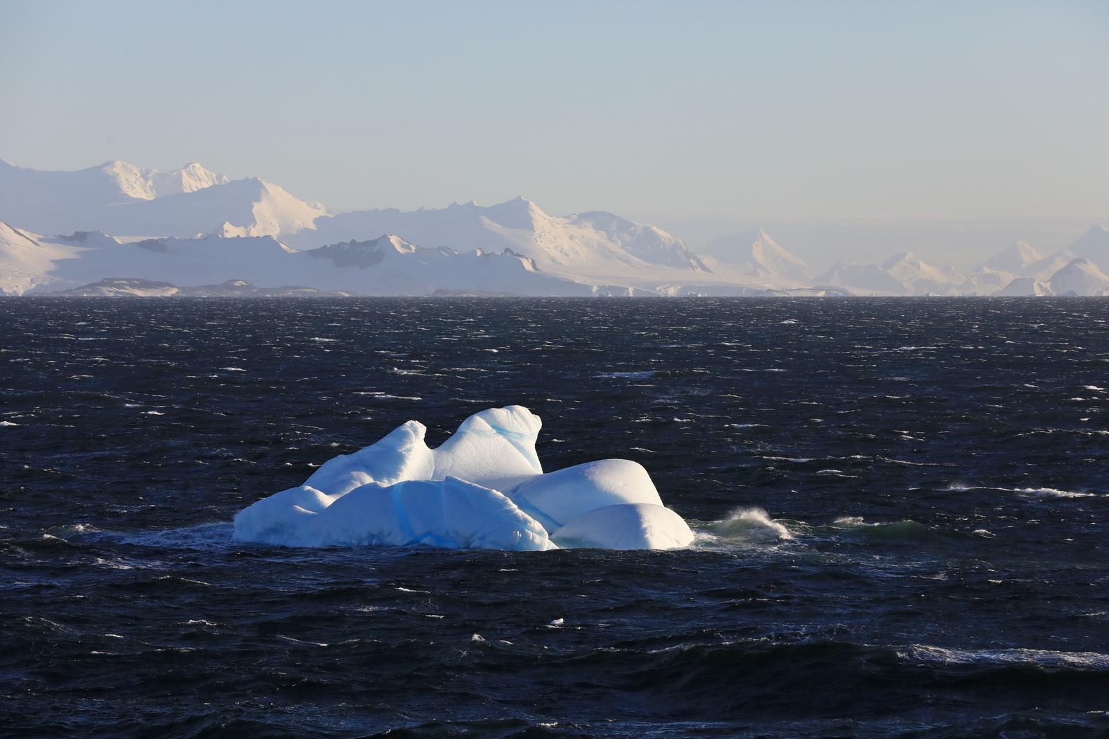 1702_Antarctique_01398_c_sm.jpg