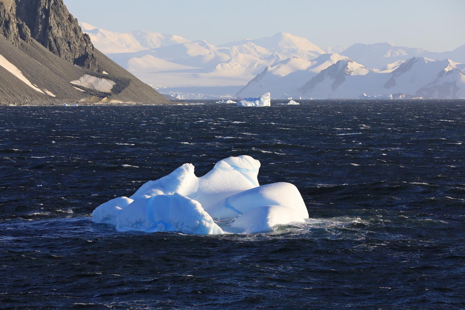 1702_Antarctique_01399_c_sm.jpg