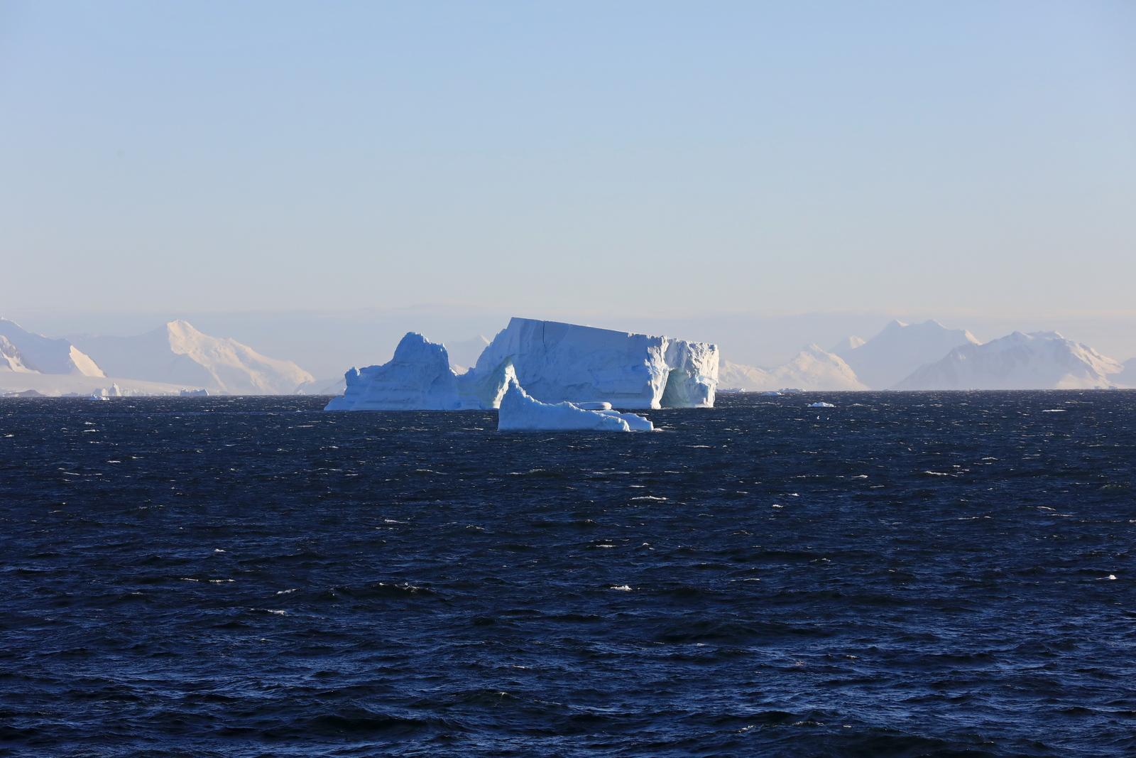 1702_Antarctique_01437_c_sm.jpg